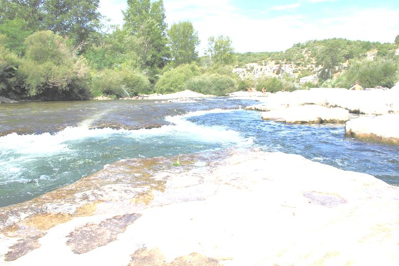 http://www.chullotte.fr/wp-content/uploads/2012/06/riviere-photo-sur-exposee1.jpg